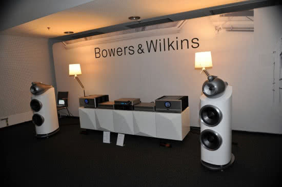 Kolumny Bowers & Wilkins 800 D3