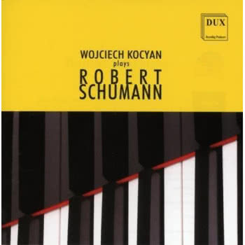 Plays Robert Schumann