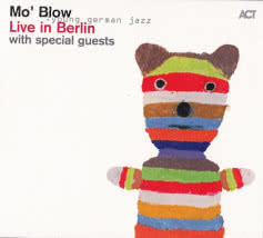 MO` BLOW Live in Berlin