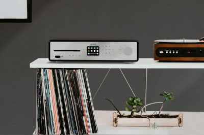 Amplituner hi-fi typu all-in-one Sonoro Maestro
