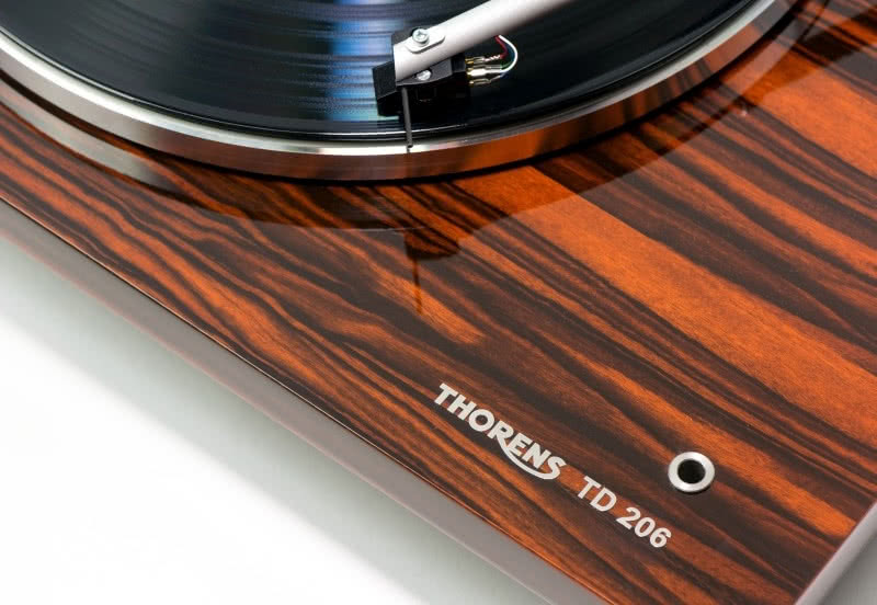 Thorens TD 206 W Nowych Wersjach Wykonczeniowych