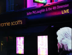 <span>JOHN MCLAUGHLIN & THE 4TH DIMENSION</span> Live at Ronnie Scott`s