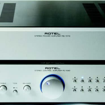 ROTEL RC1082+RB1072