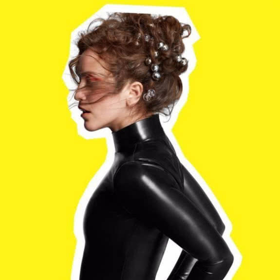 <span>RAE MORRIS</span> Someone Out There