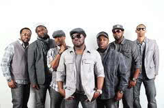 Naturally 7 supportem przed koncertem Michaela Bublé