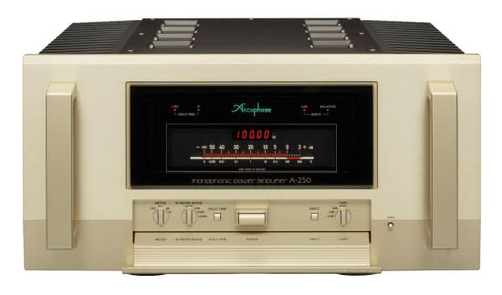 Accuphase A-250 - front